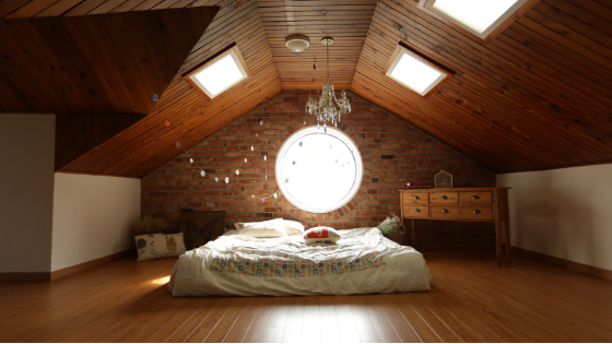 Houten traditionele vloer leggen